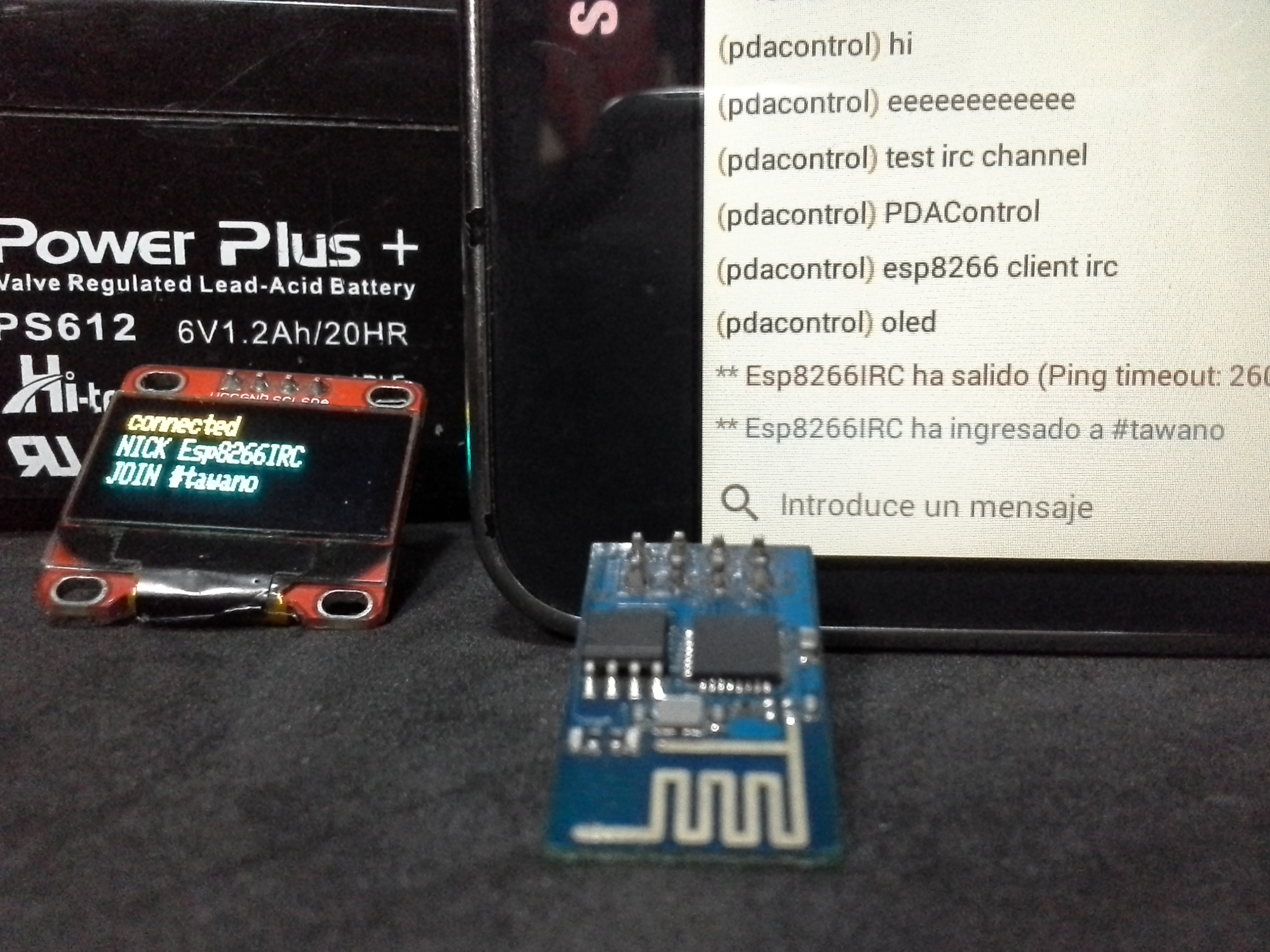 ESP8266 + Display Oled I2c Client IRC Chat Control